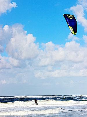 カイトサーフィン/Kitesurfing